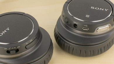 Sony MDR-ZX770BN Wireless Controls Picture