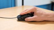 Gigabyte AORUS M5 Fingertip Grip Picture