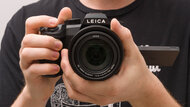 Leica V-Lux 5 Hand Grip Picture