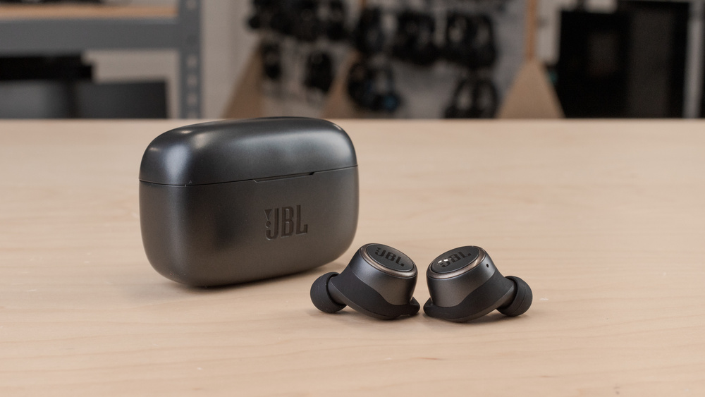 JBL LIVE 300TWS Truly Wireless Picture