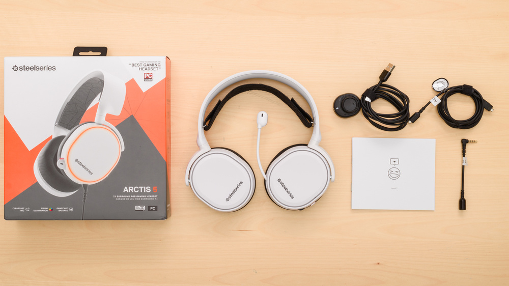 SteelSeries Arctis 5 2019 Edition In the box Picture