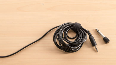 Tascam TH-02 Cable Picture