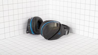Turtle Beach Stealth 700 Portability Picture