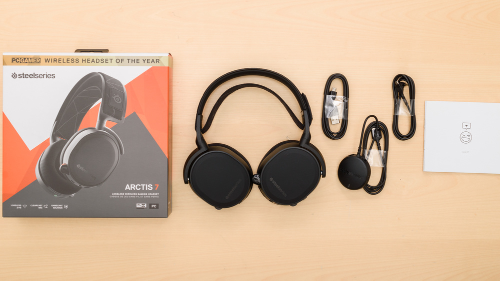 SteelSeries Arctis 7 2019 Edition Wireless In the box Picture