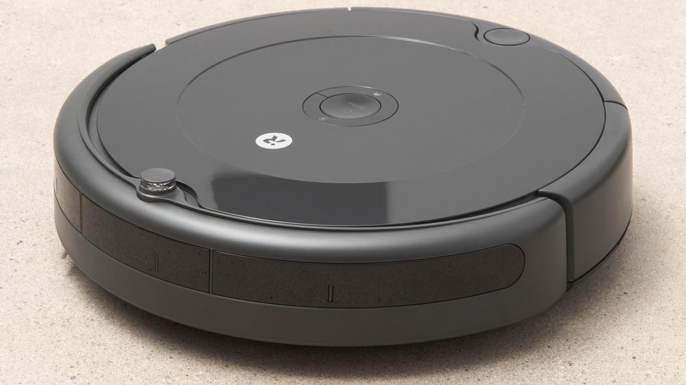 iRobot Roomba 692 Picture