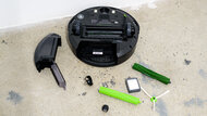 iRobot Roomba E5 Maintenance Picture
