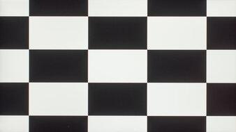 LG 32UL500-W Checkerboard Picture