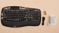 Logitech K350 Bundle Picture