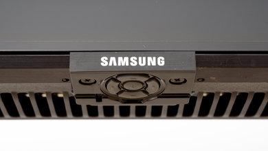 Samsung Q70/Q70R QLED Controls Picture
