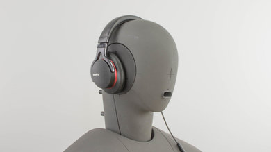 Sony MDR-1A Angled Picture