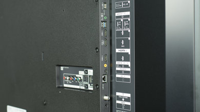 Sony X900E Side Inputs Picture