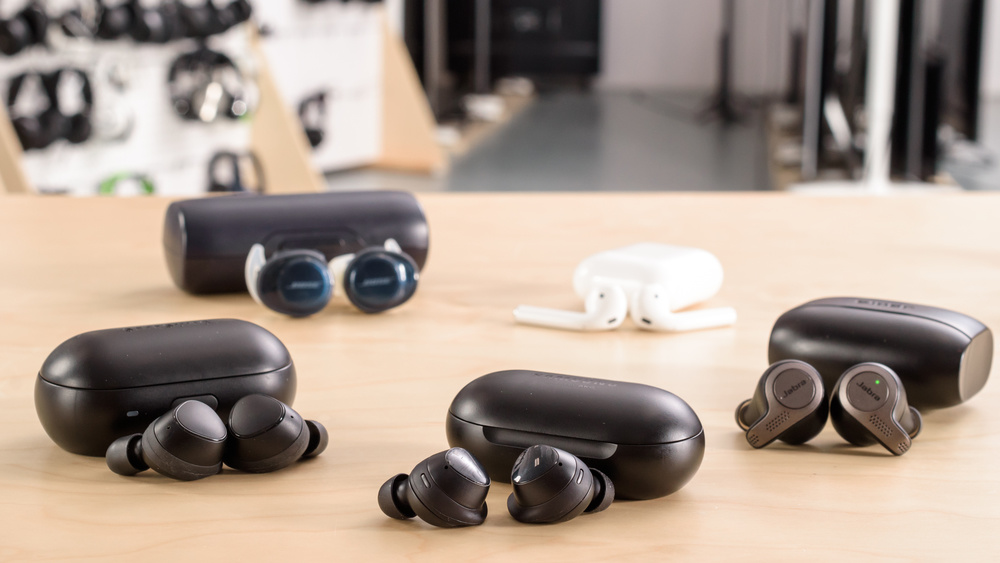 Samsung Galaxy Buds Truly Wireless Compare Picture