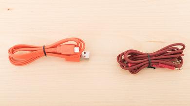 JBL E45BT Cable Picture