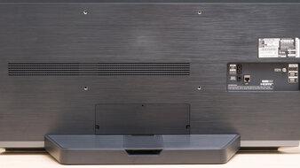 LG 48 C1 OLED Ergonomics Picture