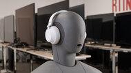 Microsoft Surface Headphones 2 Wireless Design Picture 2