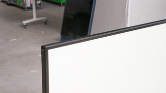 LG 27GN650-B Borders Picture