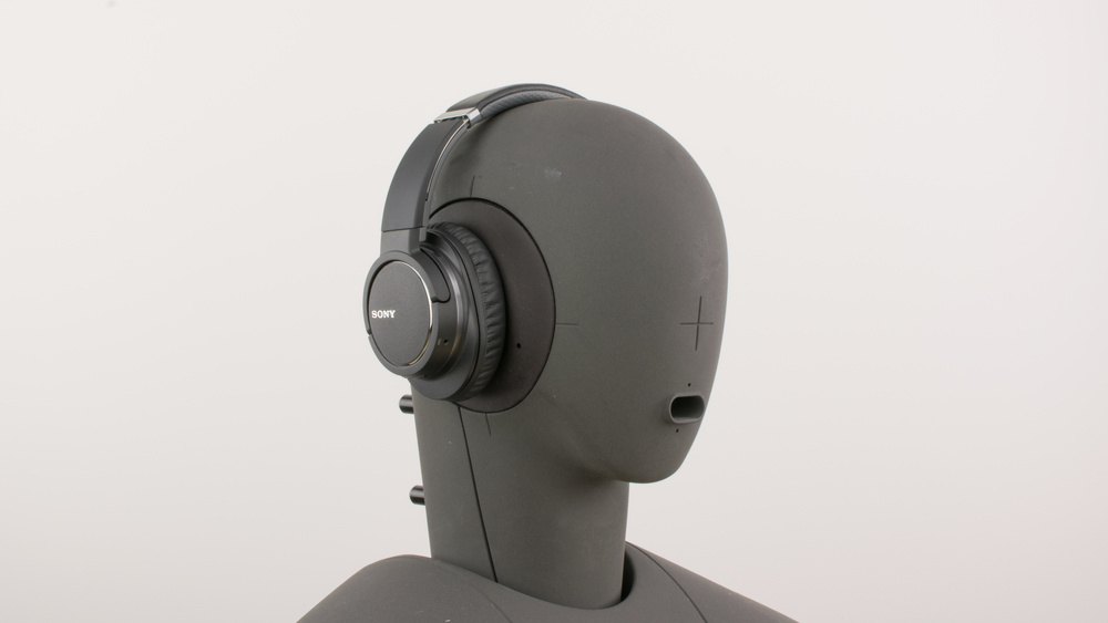 Sony MDR-ZX770BN Design Picture