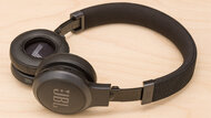 JBL Live 460NC Wireless Build Quality Picture