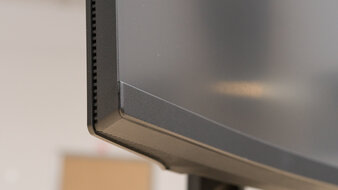 Dell S2722DGM Build Quality Picture
