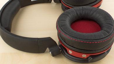 Creative Sound Blaster EVO ZxR Wireless Comfort Picture