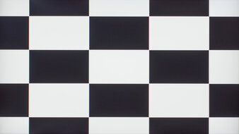 LG 27GN750-B Checkerboard Picture