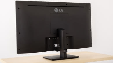 LG 43UD79-B Back picture