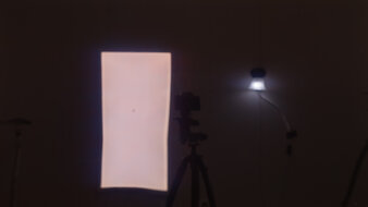 Gigabyte AORUS FO48U OLED Bright Room Off Picture