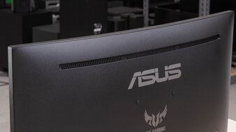 ASUS TUF Gaming VG27WQ1B Build Quality Picture