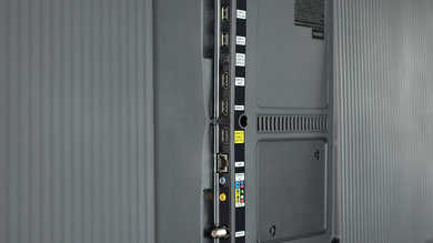 Samsung KU6500 Side Inputs Picture