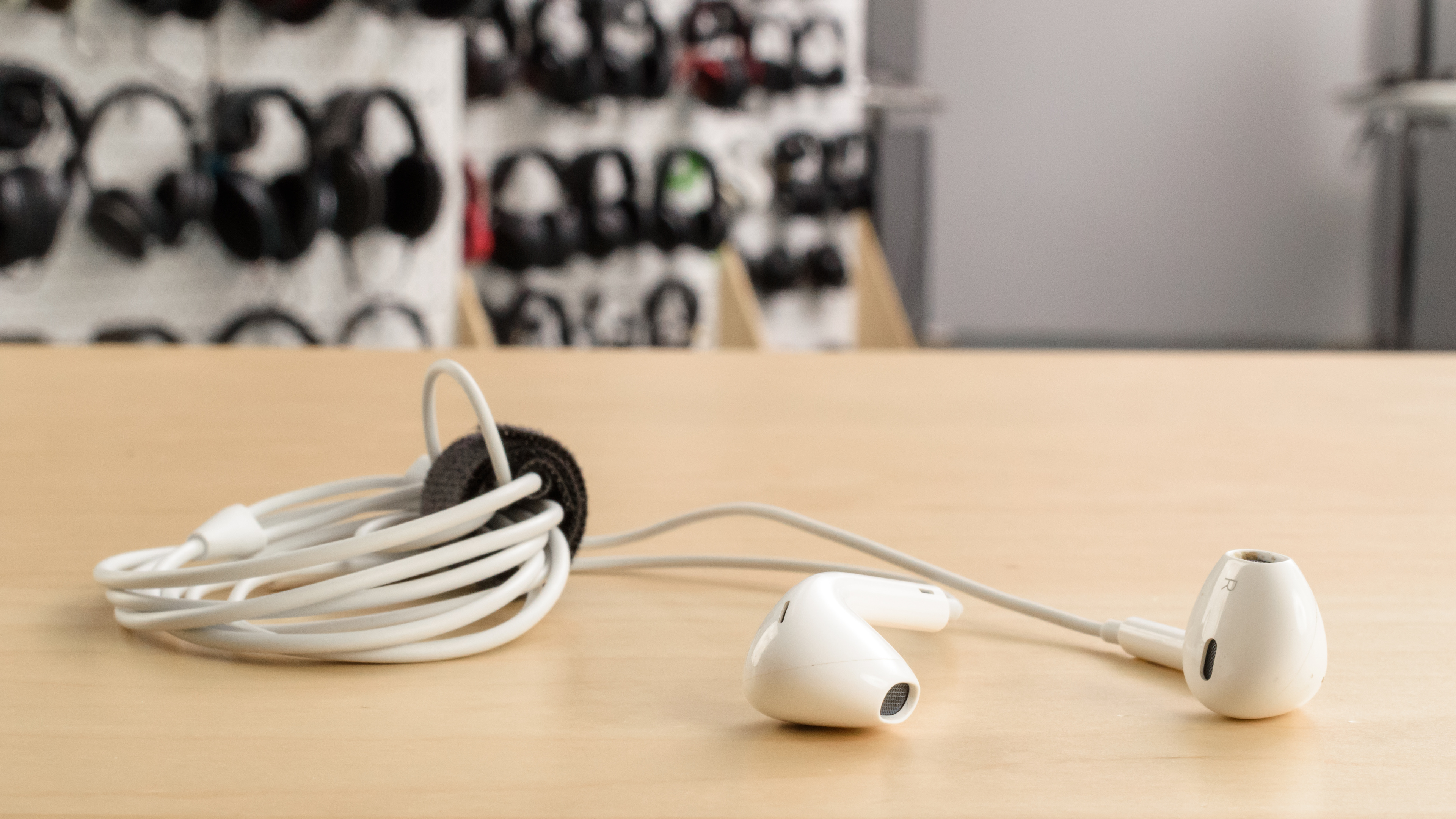 Apple EarPods Review - RTINGS.com