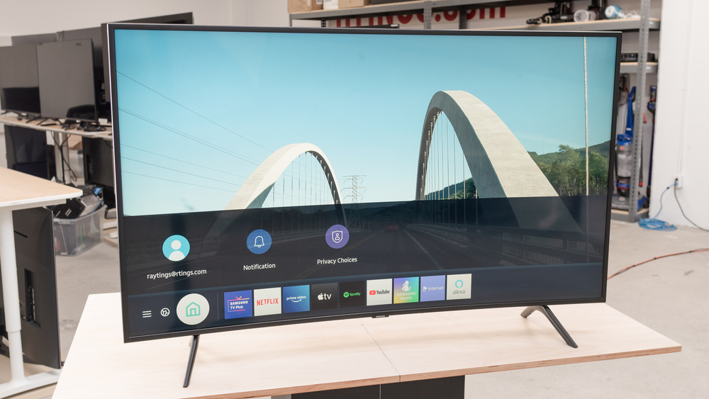 Samsung TU8300 Picture