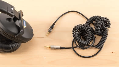 Sony MDR-7520 Cable Picture