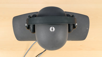 B&O PLAY Beoplay H9 Wireless Top Picture