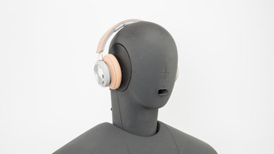 B&O PLAY Beoplay H9i Wireless Angled Picture