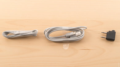 B&O PLAY Beoplay H9i Wireless Cable Picture